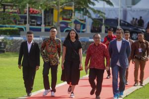Putri Tanjung di Kampus ULM: Anak Muda Jangan Takut Memulai Bisnis Sendiri