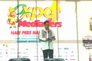 HPN 2020: Gubernur Kalsel Dinobatkan Ketua PWI sebagai Anggota Kehormatan